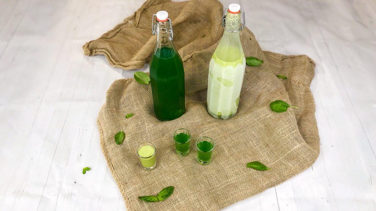 Liquore e crema alcolica al basilico
